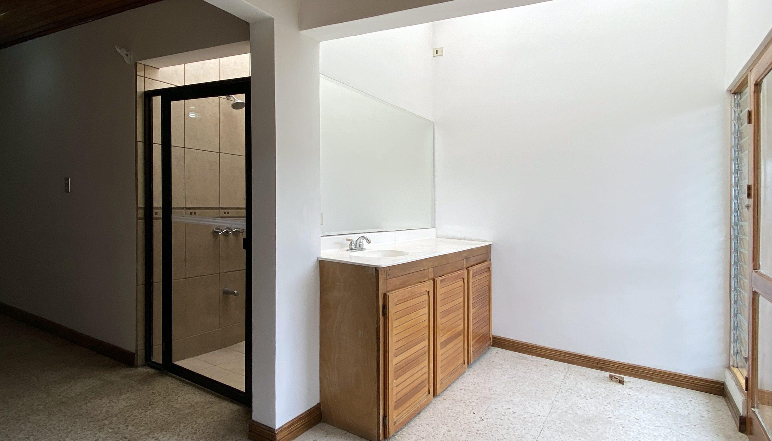5 Bedroom House For Sale Escazú